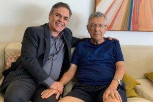 CÁSSIO E ZENÓBIO 300x201 - Licenciado da prefeitura, Zenóbio Toscano recebe visita de Cássio em JP: 'ELE ESTÁ ÓTIMO'