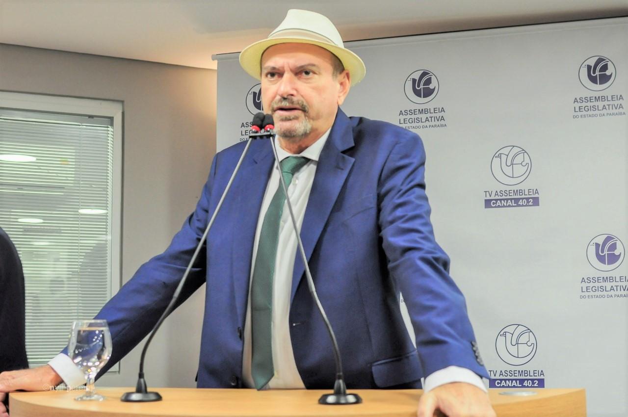 Deputado Jeová Campos é o autor do PL que estadualizou a estrada - PL de Jeová Campos estadualiza estradavicinal no município de São João do Rio do Peixe