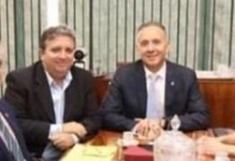 Aguinaldo Ribeiro atendem pleitos de deputado e, prefeito do Sertão, em Brasília