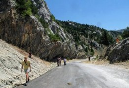 Cientistas descobrem continente perdido 'enterrado' na Europa