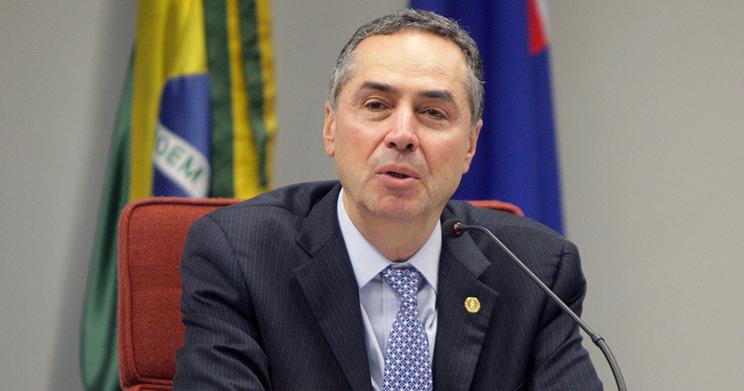 Ministro do STF suspende ações que questionam correção do FGTS