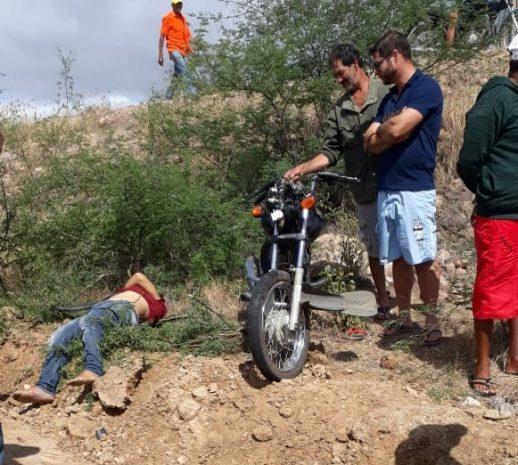 motociclista mortojpg 518x465 - O CRIME NÃO COMPENSA: Homem falece ao cair de ponte em Olivedos após roubar moto