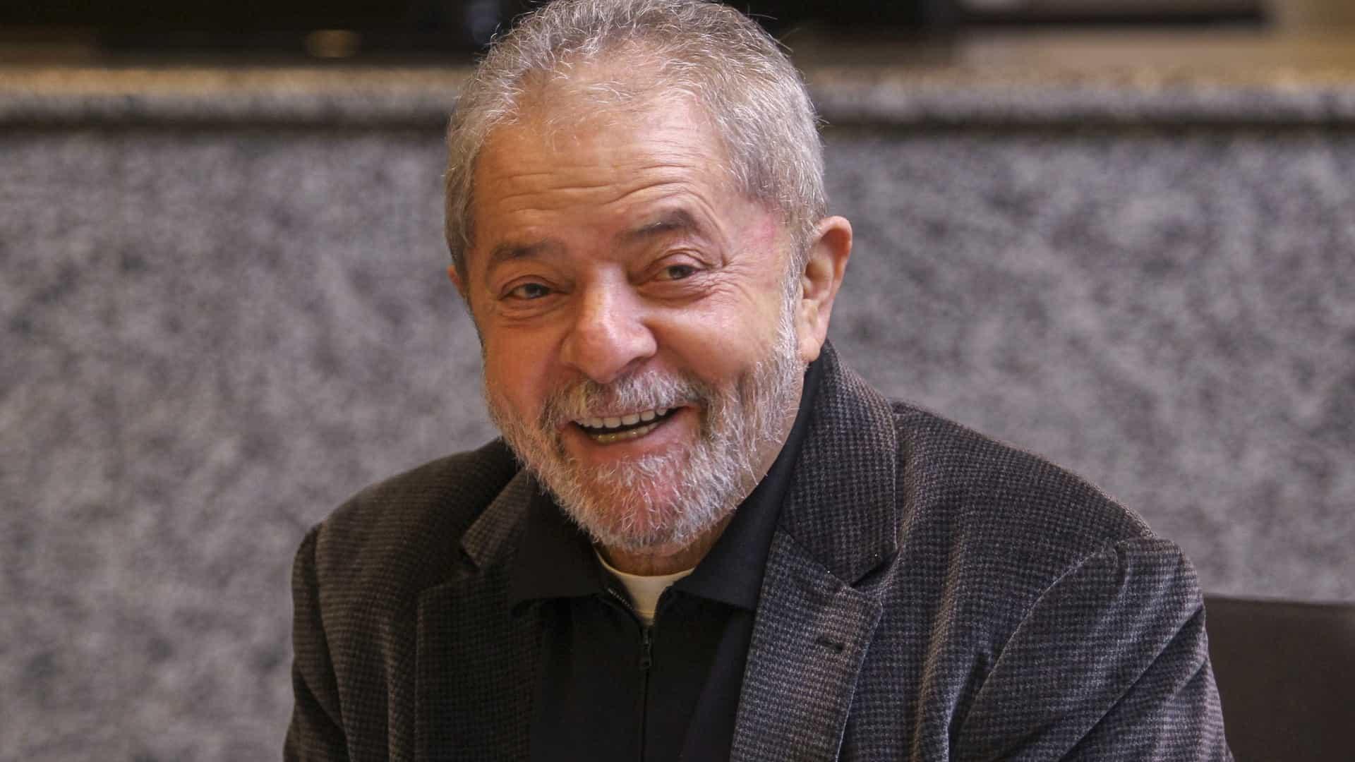 naom 5912334f13d8e 1 - Lula pode pedir semiaberto no caso triplex, mas quer 'liberdade plena'