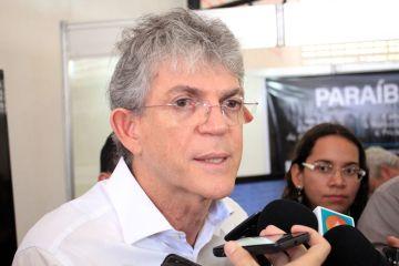 ricardo coutinho walla santos - Crise no PSB: Hervázio Bezerra chama nomeação de Ricardo de 'intervenção grosseira' e, diz que Edvaldo Rosas 'merecia respeito'