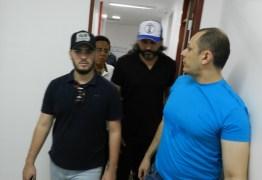 Sobrinho de Bolsonaro visita estados do Nordeste em busca de demandas