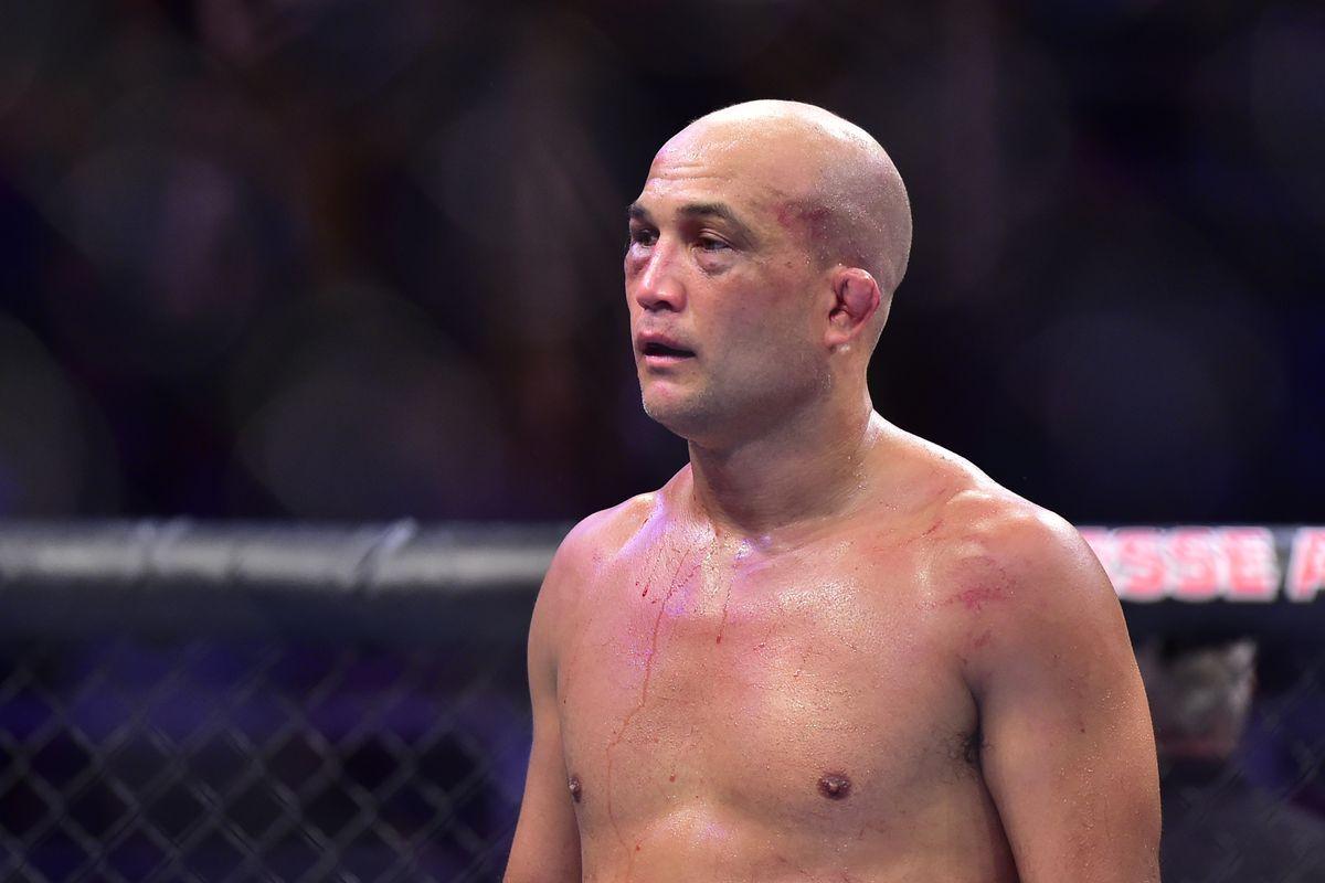 Após nocaute em briga de rua, BJ Penn não volta ao UFC, diz Dana White