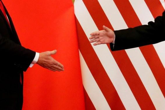 2018 05 18t025113z 1820904574 rc1ce38299b0 rtrmadp 3 usa trade china 300x200 - Negociadores dos EUA e China se reúnem hoje para tentar avanço