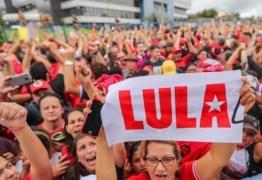 Colunista diz que Lula usa a prisão para fomentar mitologia sobre ele