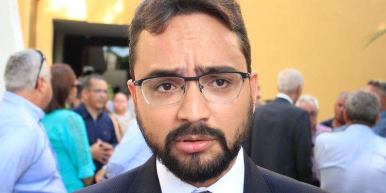 TIBERIO 750x375 - Socialista x Socialista: Tibério Limeira acusa Gervásio Maia de tentar desestabilizar gestão João Azevêdo - VEJA VÍDEO