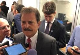 Tião Gomes anuncia coleta de assinaturas para instalação de CPI dos Cartórios