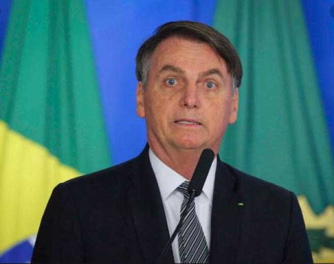 bolsonarro 300x237 - Bolsonaro comenta crise no PSL e compara situação com gêmeos xipófagos