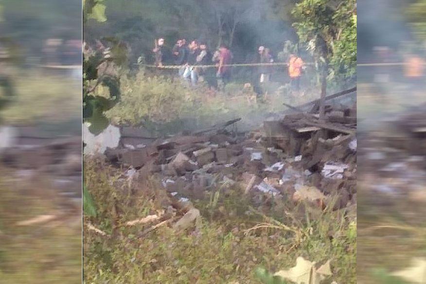 explosao 1 - TRAGÉDIA: vereador fica ferido e filho morre em explosão de fábrica de fogos clandestina na Paraíba