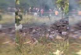 TRAGÉDIA: vereador fica ferido e filho morre em explosão de fábrica de fogos clandestina na Paraíba