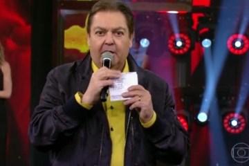 faustao de jaqueta no domingao 1557861837707 v2 900x506 - Ex-funcionário ganha ação contra Globo e diz que Faustão arruinou casamento