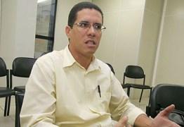 Ex-secretário alvo da Operação Calvário está foragido desde quarta-feira