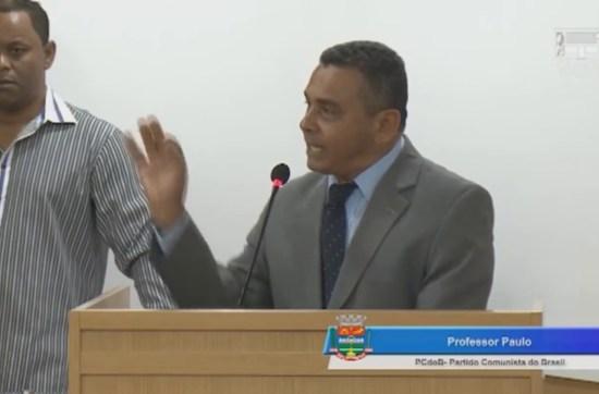 Vereadores trocam socos durante sessão em Câmara Municipal