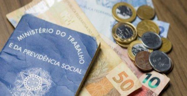 n 39851 5559668e1abbacac086efec825f828ef - Congresso aprova mínimo de R$ 1.040 em 2020, mas valor deve ser menor
