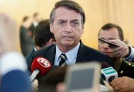 'É direito de Lula ficar preso lá; quer ficar, fica', diz Bolsonaro