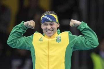 Brasileira conquista medalha inédita no Mundial de Boxe