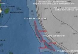 Marinha e Ibama negam que mancha gigante sobre o mar na Bahia seja de óleo