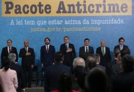 PACOTE ANTI-CRIME: 'Criminoso é quem deve temer a lei, não o cidadão', diz Bolsonaro