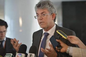 ricardocoutinho 1 - Ricardo mantém candidatura em evidência mesmo com calvário político
