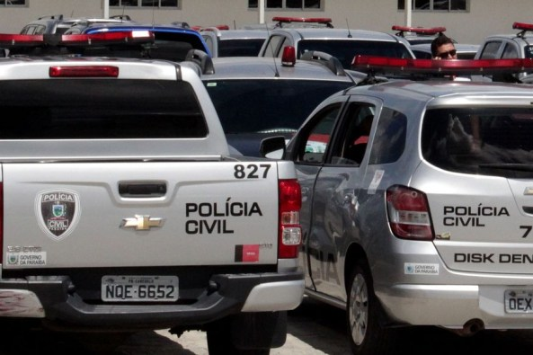 viatura da policia civil2 walla santos 300x200 - Bombeiro é preso suspeito de sequestrar atual companheiro da ex-namorada na Paraíba