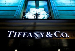 Dona da Louis Vuitton compra a Tiffany por US$ 16,2 bi