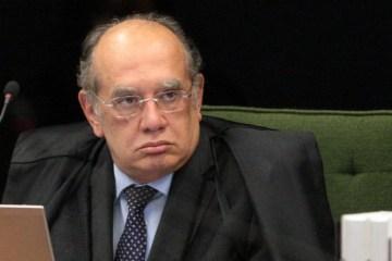 Manifestantes pedem impeachment de Gilmar Mendes, em Campina Grande