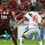 5d588e2734d74 - Priorizando novelas e filmes, Globo não transmitirá Flamengo x Vasco