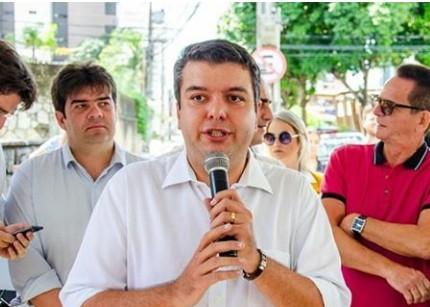 """DIEGO - """"Não podemos achar que as coisas se repetem em toda a eleição"""" avalia Diego Tavares"""