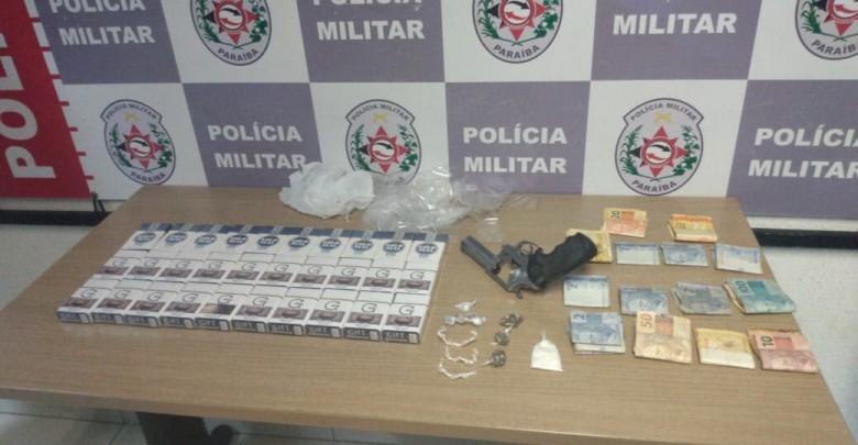 FBEE2843 18E4 46D1 AFCD B8356C4DDE37 780x405 - Polícia detém oito suspeitos de tráfico de drogas em três cidades paraibanas