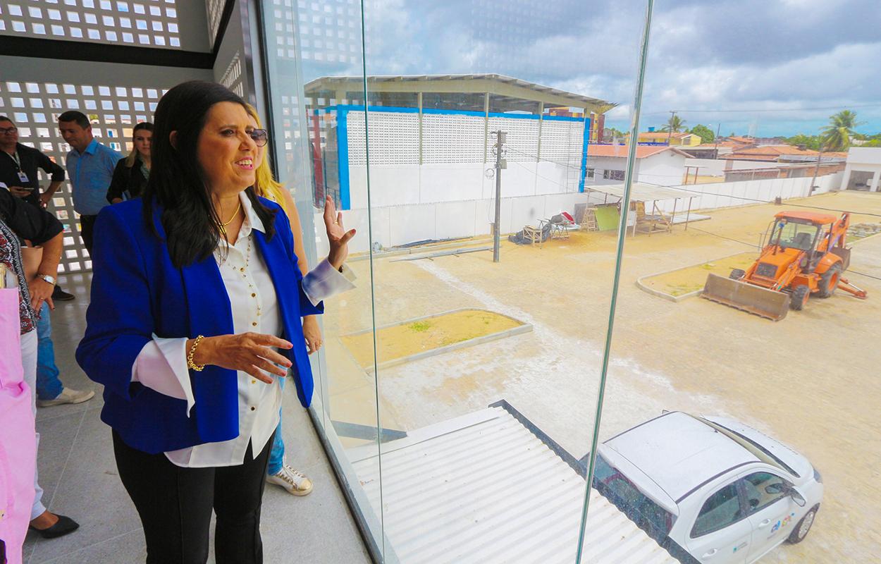 LÍGIA FELICIANO - Lígia Feliciano visita obras de complexo educacional José Lins do Rêgo e destaca qualidade de investimentos