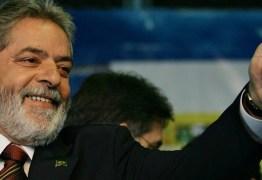 """Cearense viraliza com áudios humorísticos """"adulando"""" ex-presidente: 'depois que Lula foi solto já abriram dez lojas lá no Juazeiro' – OUÇA"""