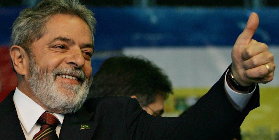 """LulaSorri - Cearense viraliza com áudios humorísticos """"adulando"""" ex-presidente: 'depois que Lula foi solto já abriram dez lojas lá no Juazeiro' - OUÇA"""