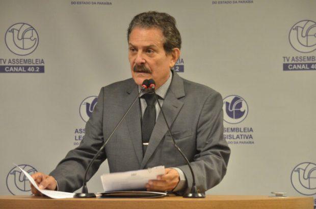 Tião Gomes 696x461 620x411 - Tião Gomes cobra maior discussão sobre emendas impositivas no orçamento paraibano