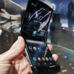dobrável - Motorola lança 'releitura' do V3 com tela dobrável - VEJA VÍDEO