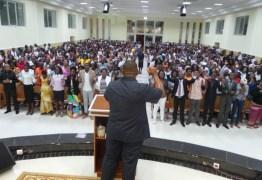 Pastores da Universal em Angola rompem com Edir Macedo e pedem expulsão de bispos brasileiros