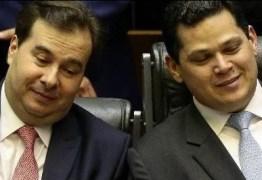 Centrão quer vagas de ministros para apoiar governo, mas Bolsonaro resiste