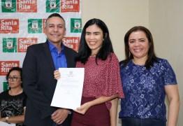 Prefeito empossa novos servidores para Educação de Santa Rita