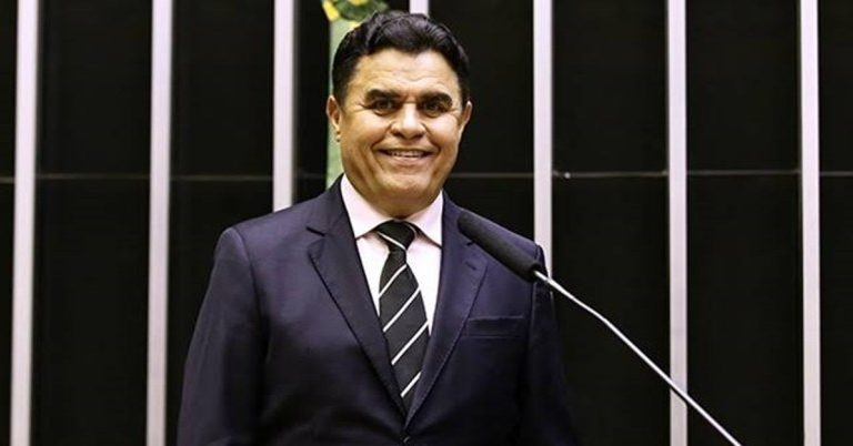 Santiago prevê que reeleição acabará, esticando-se mandato para 5 anos