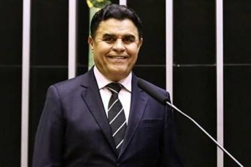 santiago e1573385315981 - Santiago prevê que reeleição acabará, esticando-se mandato para 5 anos
