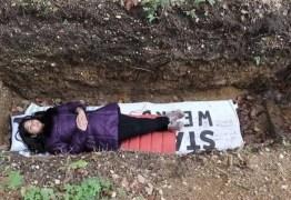 Universidade oferece inusitado método de relaxamento: em cova