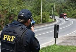 Bolsonaro diz que radares voltarão apenas para 'fotos educativas'