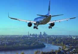 Adolescente de 17 anos sequestra avião e bate em prédio – VEJA VÍDEO
