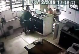 Advogada é agredida por vizinho após receber encomenda por engano