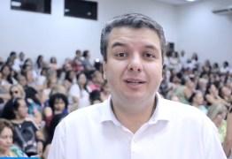 Diego Tavares destaca projeto social de sua secretária: 'sensação de dever cumprido' – VEJA VÍDEO