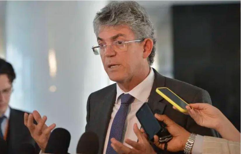Capturard 1 - PF pede inclusão de Ricardo Coutinho em lista da Interpol