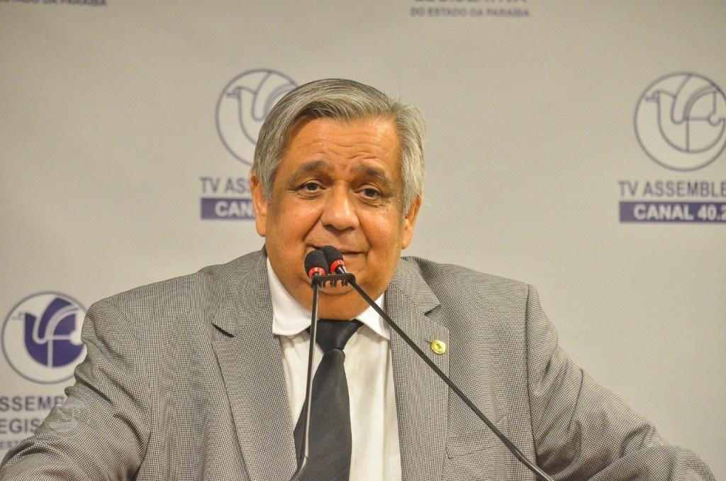 edmilson soares1510 - Proposta de Edmílson Soares é aprovada e venda de bebidas alcoólicas é liberada em estádios da PB