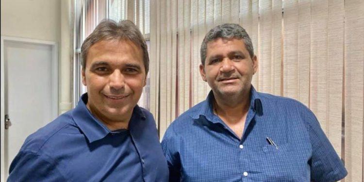 genival matias 750x375 - Genival Matias comemora filiação do prefeito de Riacho de Santo Antônio ao Avante e destaca: 'Chega para fazer parte da nossa família'